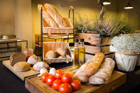 05dde-hotel-montmar-desayuno--6-.jpg